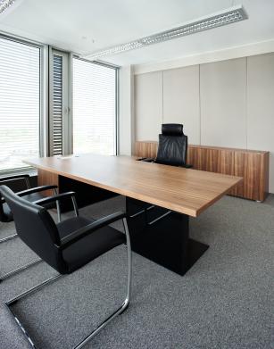 Vi udfører også erhvervsflytning København af større kontormiljøer. Ring på tlf: 70 223 123